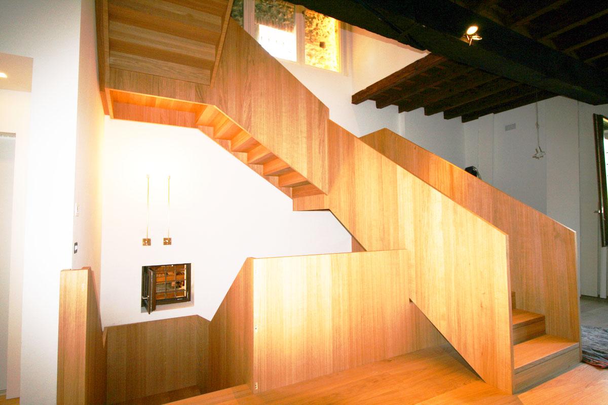 scale-in-legno-progettazione-realizzazione-personalizzazione-montaggio-palladio-scale-6546889